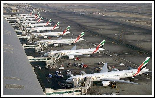 Emirates Boeing 777 fleet at Dubai International Airport